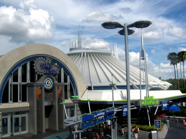 Tomorrowland Space Mountain Arcade Walt Disney World
